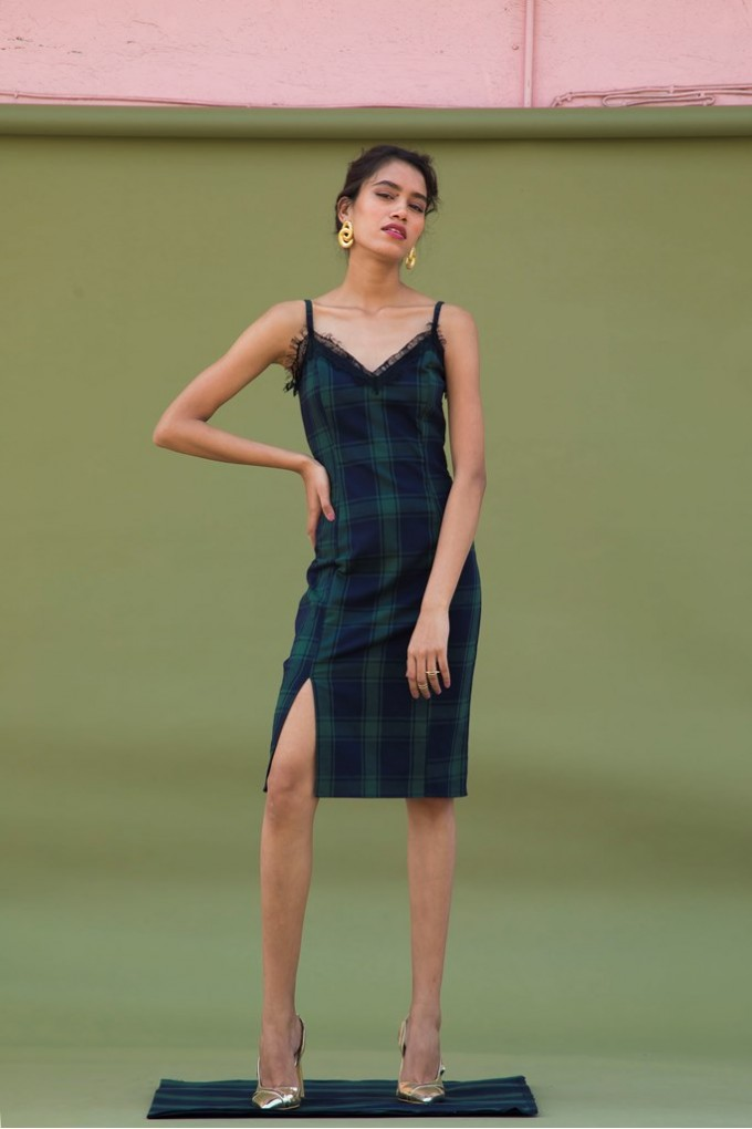 5f295427e69e2 Green and Black Midi Dress with Chantily Lace