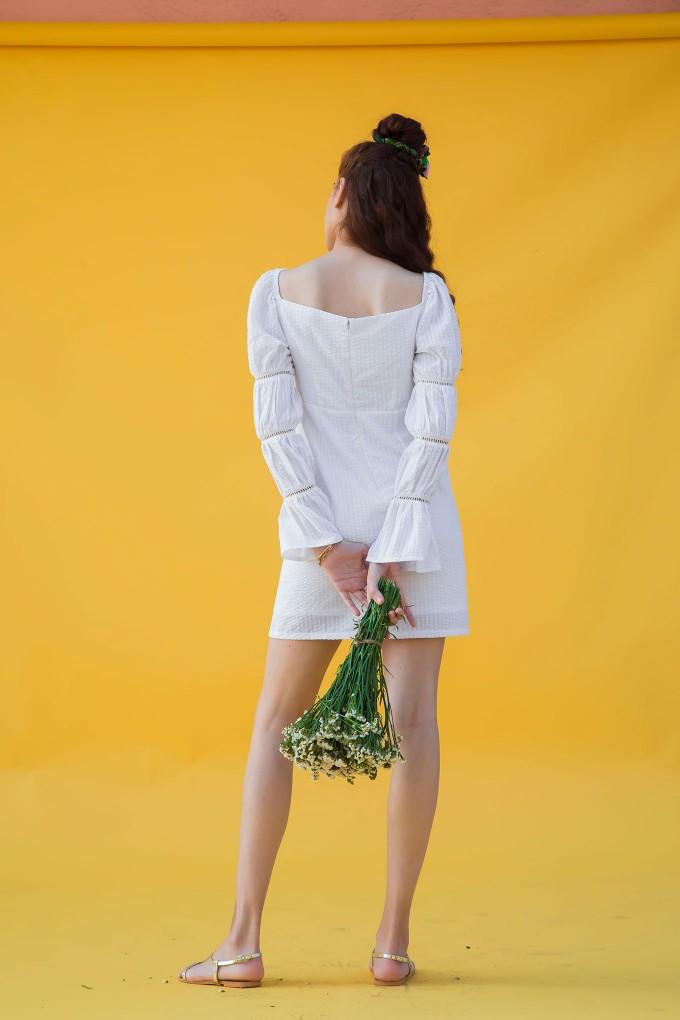 Milkmaid dress in white
