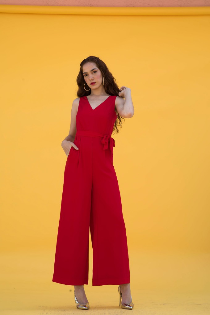 Red Sleeveless Jumpsuit With Belt