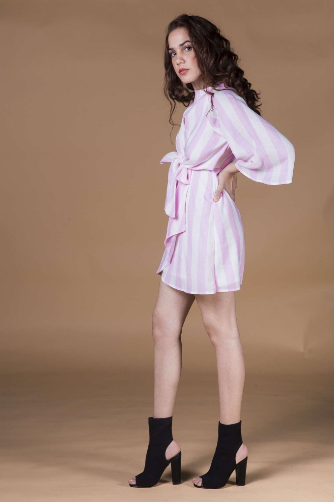 Pink and white bell sleeve short dress