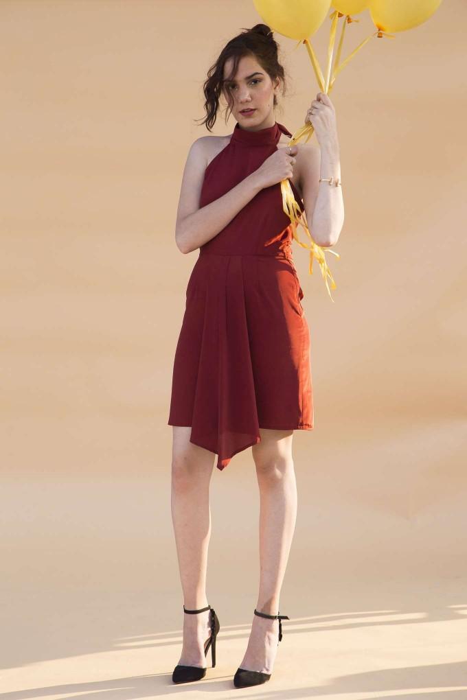 Maroon halter short dress