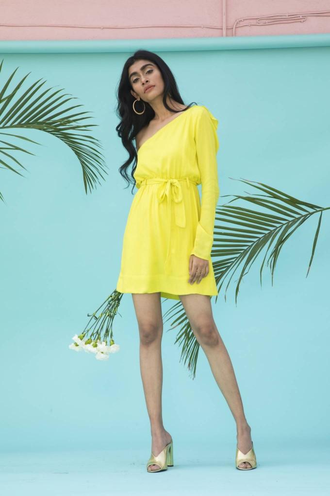 Lemon yellow one shoulder short dress with belt
