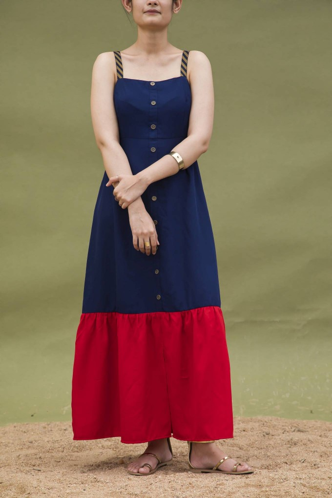 NAVY BLUE AND RED MIDI LENGTH SLEEVELESS DRESS WITH BUTTONS
