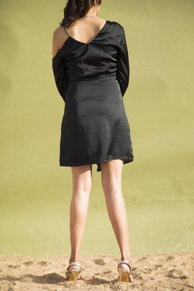 BLACK SATIN DROP SHOULDER FULL SLEEVES SHORT PARTY DRESS