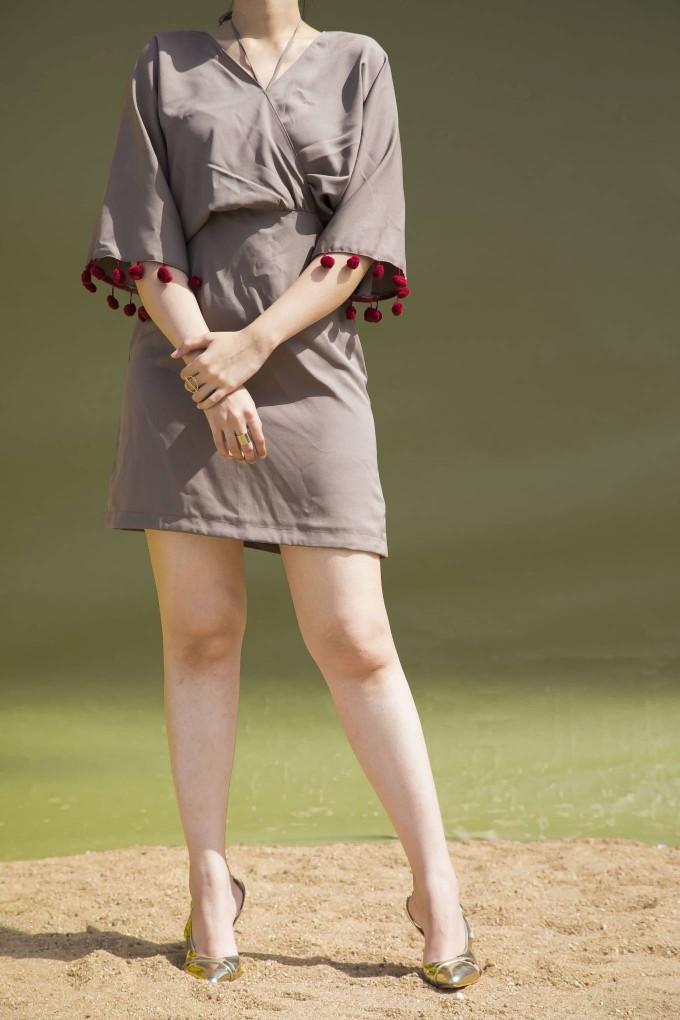 TAUPE SHORT KIMONO DRESS WITH MAROON POM POM LACE